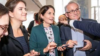 Saskia Schenker (Mitte) darf sich Hoffnungen machen. Bild: niz