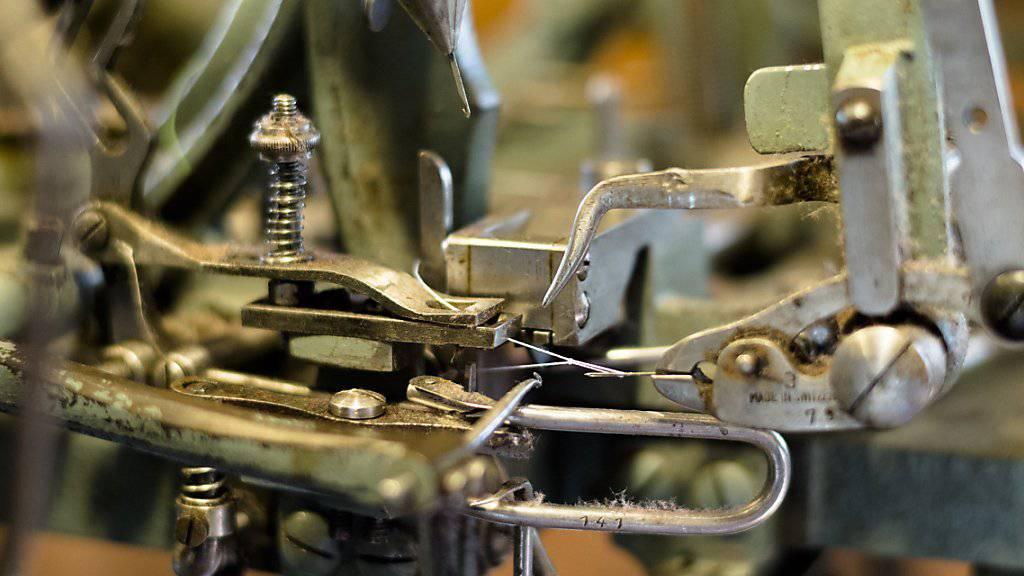 Fädelmaschinen, wie sie auch im Museum in Stein zu sehen sind, erleichterten als mechanische Wunderwerke die Arbeit der Handsticker. (Symbolbild)