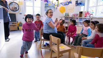 Die Schaffung neuer Plätze zur Kinderbetreuung soll weiterhin mit Bundesgeldern unterstützt werden. (Symbolbild)