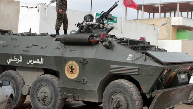 Ein Panzer in Tunesien (Symbolbild)