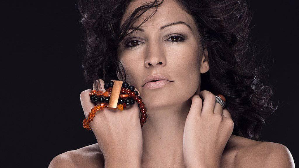 Seit letzten Freitag wickelt sich Ex-«Bachelorette» Frieda Hodel keinen Modeschmuck mehr um den Finger: Sie hat jetzt einen Verlobungsring. (Handout)