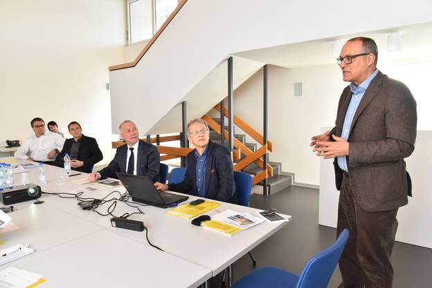Jung präsentiert den neuen Sälipark im Oltner Stadthaus.