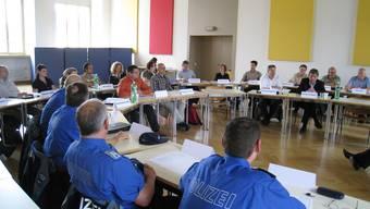 Seminarbetrieb: Diskutiert wird über Themenbereiche wie das Gastgewerbe oder die Jugend.