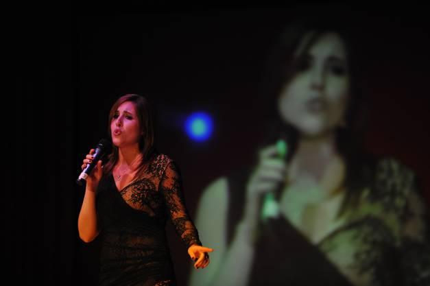 Daniela Junker performt mit viel Gefühl ihren Song «Make you feel my love» von Adele und holte damit den ersten Platz bei der Dritten Kategorie