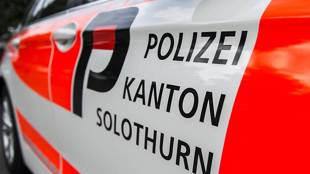 Mit einem Grossaufgebot will die Polizei in Solothurn eine unbewilligte Demonstration gegen die Corona-Massnahmen verhindern. (Archivbild)