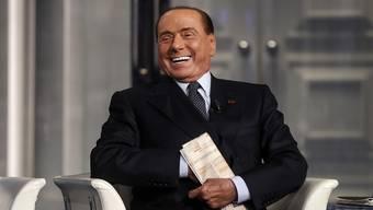Hat Grund zu Lachen: Der 82-jährige Millionär Silvio Berlusconi geht nochmals zurück in die Politi
