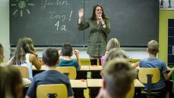 Mit den Kürzungen im letzten Sparpaket sei der Bildungsbereich ausgepresst, so die Lehrer. (Symbolbild)