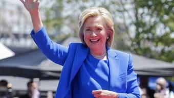 Hillary for President - die frühere US-Aussenministerin und First Lady Hillary Clinton spricht vor New Yorkern auf Roosevelt Island zum Auftakt ihres Präsidentschaftswahlkampfes