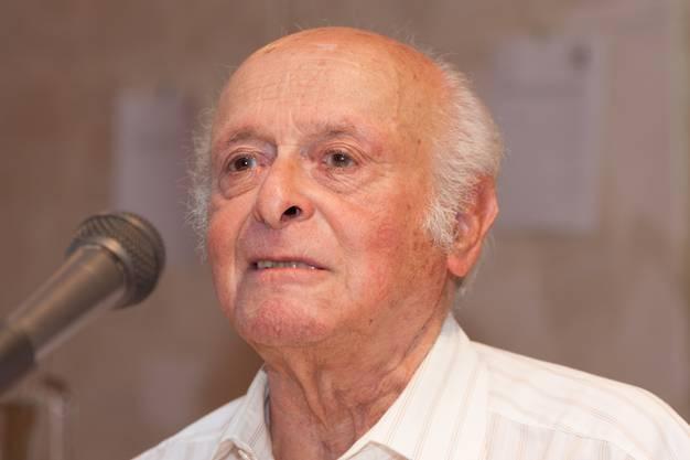 Buddy Elias an einer Lesung im Berliner Anne Frank Zentrum im 2012.