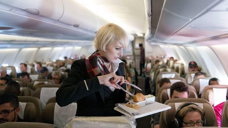 An Bord von Swiss-Flügen nach Tokio und Hongkong trägt mehr als die Hälfte der Passagiere laut der Gewerkschaft Kapers eine Schutzmaske.