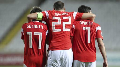 Auch Russland und Polen für EM qualifiziert