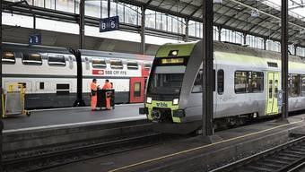 Die BLS findet sich mit dem Entscheid des BAV ab: Sie wird ab Dezember 2019 die zwei zugesprochenen Verkehrslinien Bern - Biel und Bern - Burgdorf - Olten befahren. (Archiv)