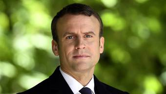 Macron hat vor laufender TV-Kamera einen geschmacklosen Scherz über Migranten gemacht