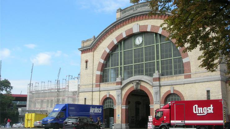 Die Haupthalle des 1909 eröffneten Zürcher Schlachthofs steht unter Denkmalschutz. Bilder: Matthias Scharrer (Zürich, 18. September 2019)