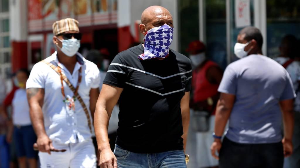 Kuba hat am Montag (Ortszeit) Medizinern für ihrem Coronavirus-Auslandseinsatz in Italien gedankt und die Personen anschliessend in Quarantäne für zwei Wochen geschickt, damit sich das Coronavirus nicht im Land weiter ausbreiten kann. (Symbolbild)