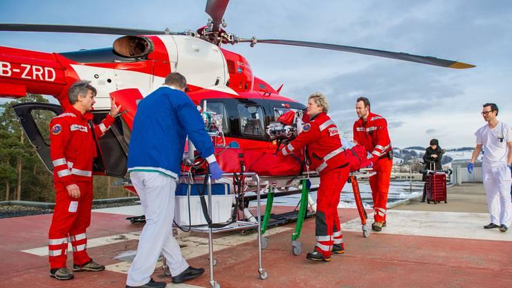 Soll die Sicherheitsvorschriften eines Flughafens erfüllen: der Helikopter-Landeplatz auf dem Unispital.