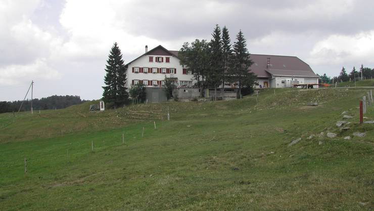 Auf den Dächern der Berghöfe – hier im Bild der Untergrenchenberg – sollen Solarpanels installiert werden. Uby/Archiv
