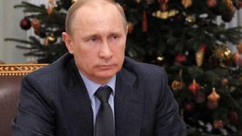 Russlands Präsident Putin verfolgt die Einweihungszeremonie des Pipeline-Teilstücks via Video-Konferenz