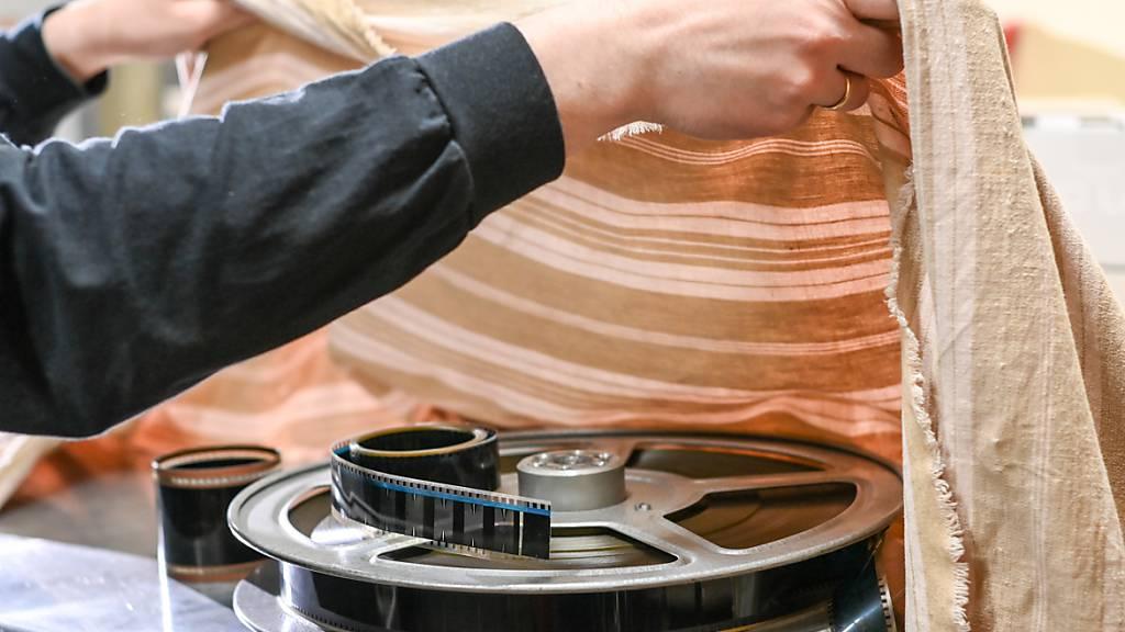 Film zugedeckt statt Film ab, hiess es während der Coronakrise. Die Ausserrhoder Regierung hat die Unterstützung im Kulturbereich erhöht (Symbolbild).