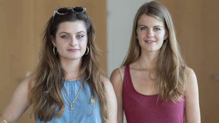 Mia Jenni und Ronja Jansen.
