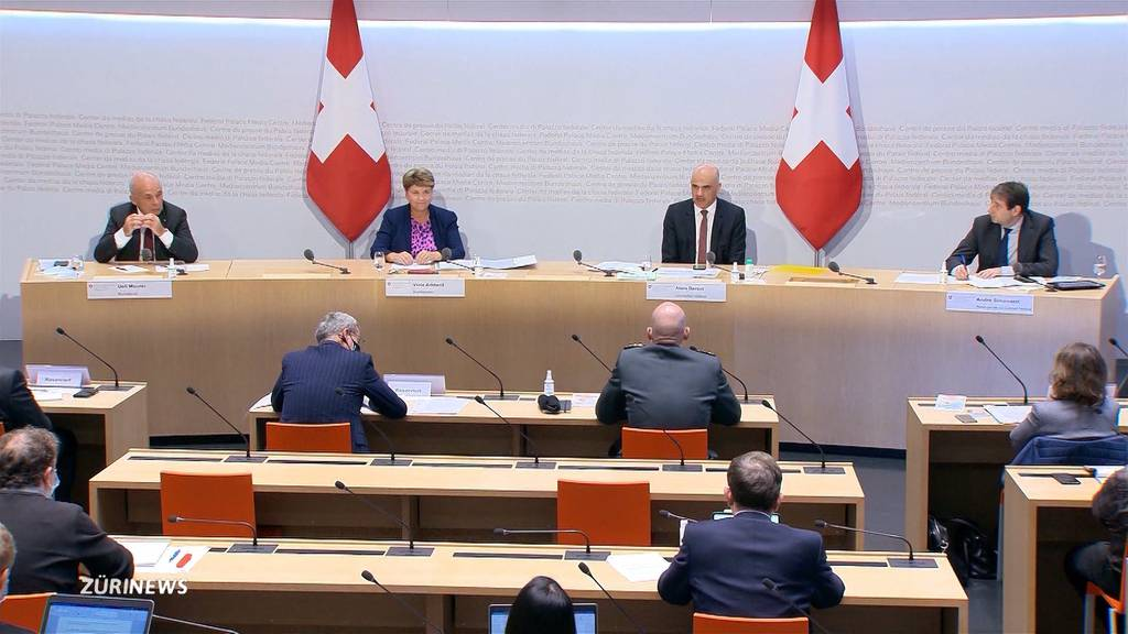 Infektionszahlen schiessen weiter in die Höhe: Bund will Wirtschaft und Sport unterstützen