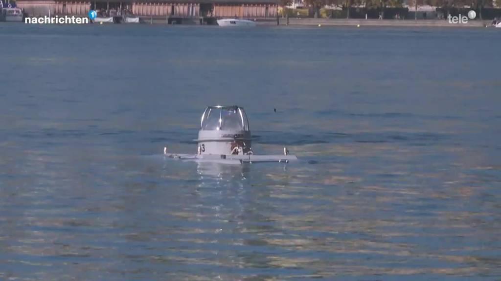 Einwasserung des U-Boots in Luzern