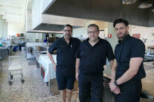 Nun kommts zum Wechsel in der Geschäftsleitung: Markus Dominkovits (links) bleibt, David Scheidegger (mitte) geht und wird durch Giorgio Dominkovits (rechts) ersetzt.