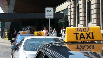 Auch eine Taxi-Zentrale gilt als Transportunternehmen (Themenbild).