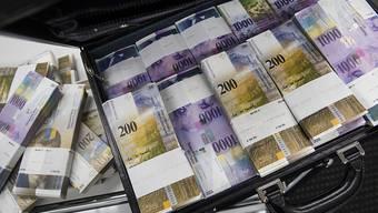 Die Bundesanwaltschaft hat im Geldwäschereiverfahren mit Usbekistan einen Beteiligten per Strafbefehl verurteilt und 130 Millionen Franken zur Rückerstattung eingezogen. (Symbolbild)