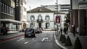 «Strategisch wichtige und zentrale Lage»: Zurlindenvilla an der Aarauer Bahnhofstrasse. Chris Iseli