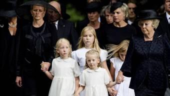 Die königliche Familie der Niederlande nimmt Abschied