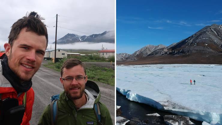 Auf dem Bild rechts wandern Manuel Meier (l.) und Lukas Mathis auf einem teilweise gefrorenen Fluss in der östlichen Brooks Range.