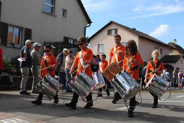Festumzug des 36. Zentralschweizerischen Jungtambouren- und Jungpfeiferfest