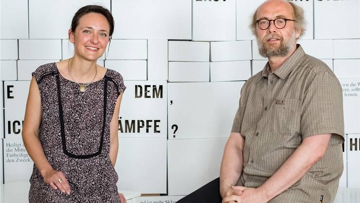 Nadine Reinert und Stefan Brotbeck feiern heute das fünfjährige Jubiläum des Philosophicums.