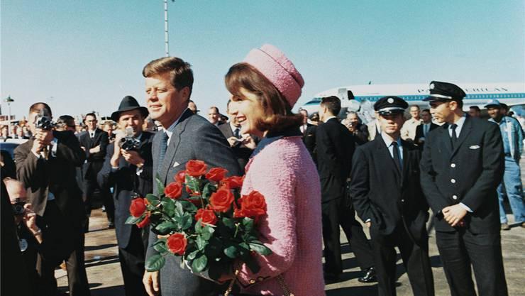 22. November 1963: John F. und Jackie Kennedy in Dallas.