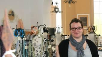 «Schäbig-chic» – so bezeichnet Anna Hilpert die Innenausstattung ihres Ladens in der EMK-Kapelle.