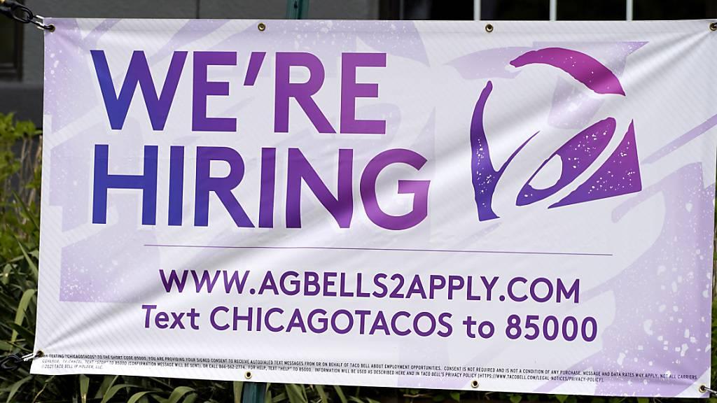 US-Beschäftigung steigt stärker als erwartet - 850 000 neue Jobs