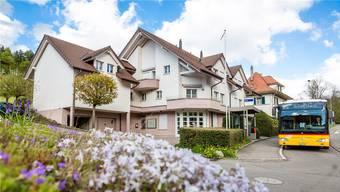 Die Gemeindeverwaltung von Schmiedrued soll ins ehemalige Raiffeisen-Gebäude in Walde ziehen.