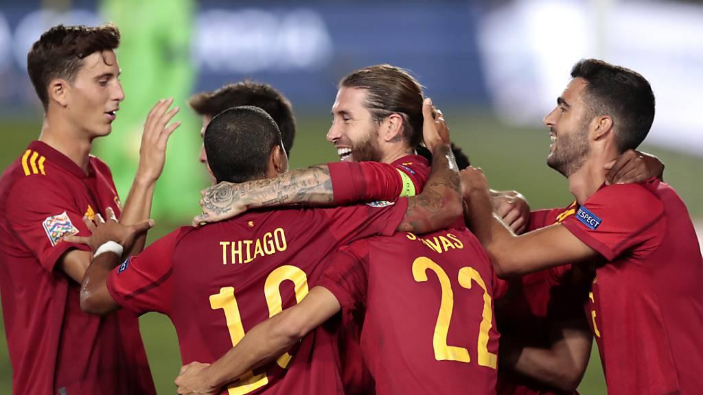 Spanien besiegt die Ukraine mit frühen Toren