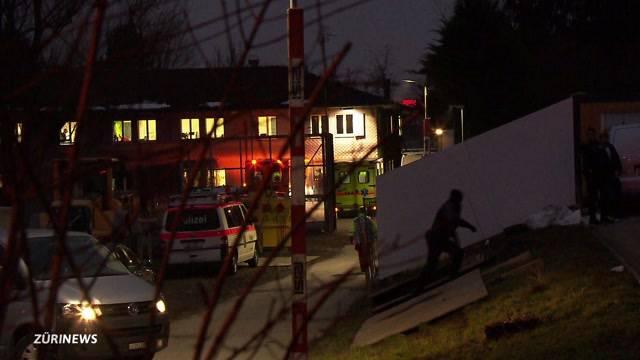 Grosser Polizeieinsatz beim Asylheim Steinhausen
