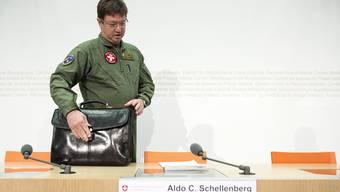 Aldo Schellenberg Luftwaffenkommandant.jpg