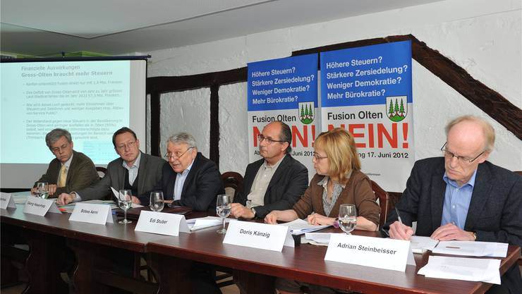 Co-Präsidium (v.l.): Adolf C. Kellerhals, Georg Hasenfratz, Böbes Aerni, Edi Stuber, Doris Känzig, Adrian Steinbeisser.