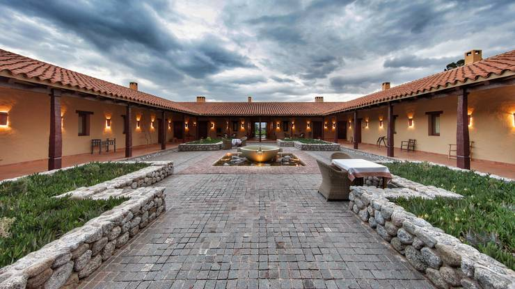 Die Estancia Colomé ist das Herzstück des gleichnamigen Weingutes und verfügt über Hotelzimmer höchsten Standards.