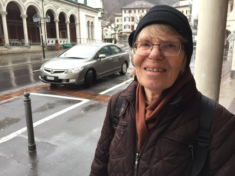 Verena Gion ist nicht begeistert davon, dass sie die Pizolbahn nun unterstützen soll. (Bild: FM1Today/Fabienne Engbers)