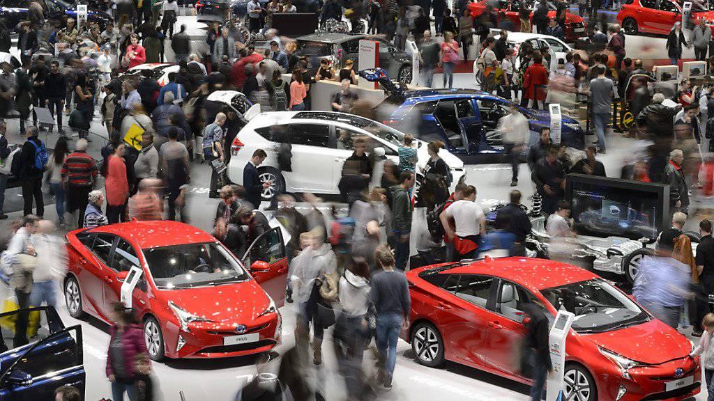 Laut dem Branchenverband VDA wird sich 2017 das Wachstum auf dem weltweiten Automarkt abschwächen. (Archiv)