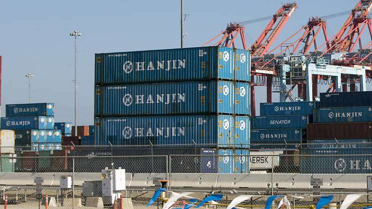 Die südkoreanische Reederei Hanjin behilft sich des US-Gläubigerschutzes, damit Gläubiger nicht Schiffe beschlagnahmen können. (Archivbild)