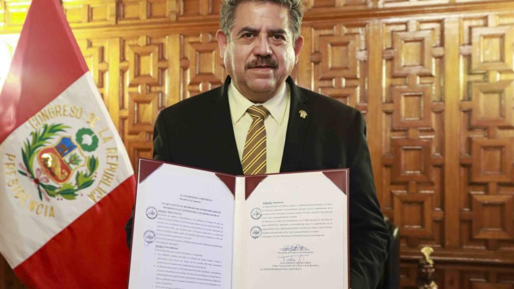 Perus Parlamentspräsident übernimmt Amt des Staatschefs