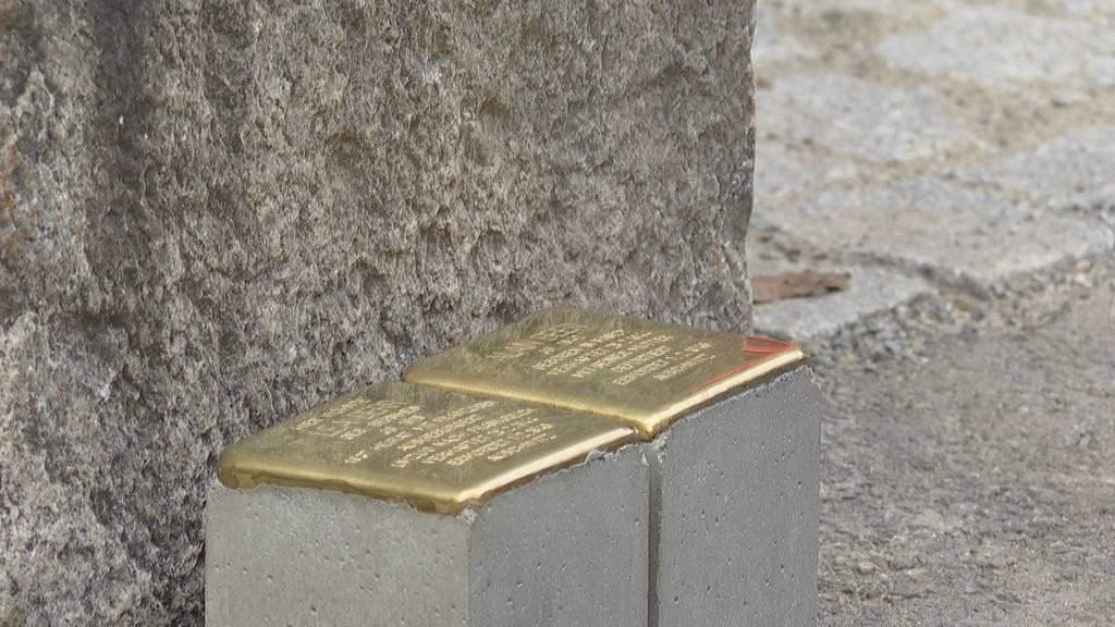 Erste Holocaust-Stolpersteine in Zürich gesetzt