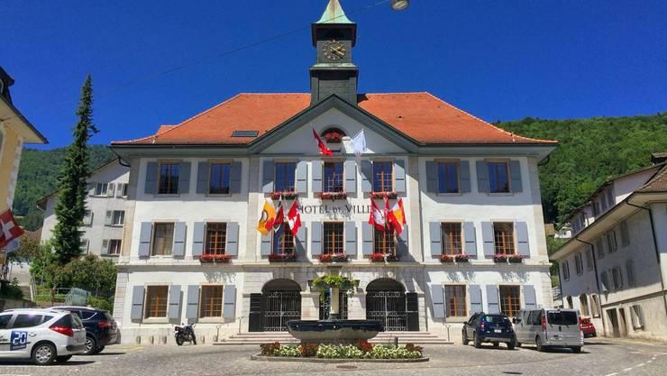 Das Rathaus in Moutier: Die bernjurassische Gemeinde möchte gerne vom Kanton Bern in den Kanton Jura wechseln.