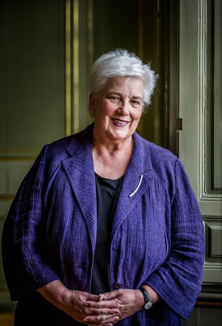 Homosexuelle können weder getraut noch in eingetragener Partnerschaft ein Amt in bischöflichem Auftrag ausüben – «leider», sagt Barbara Kückelmann, Pastoralverantwortliche des Bistums.